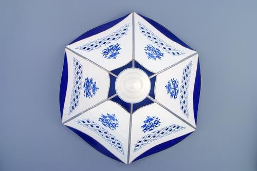Cibulák Stínítko vitráž prolamované 6 stěn 35 cm originální cibulákový porcelán Dubí, cibulový vzor