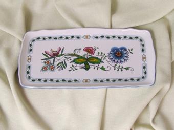 Podnos čtyřhranný 33 cm, NATURE barevný cibulák, cibulový porcelán Dubí