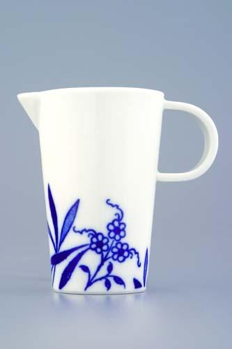 Mlékovka Bohemia Cobalt - design prof. arch. Jiří Pelcl, cibulový porcelán Dubí