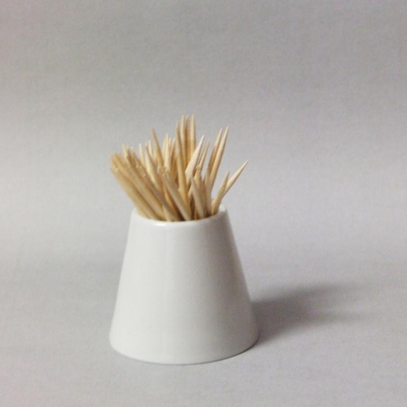 Dóza na párátka Bohemia White - design prof. arch. Jiří Pelcl, cibulový porcelán Dubí