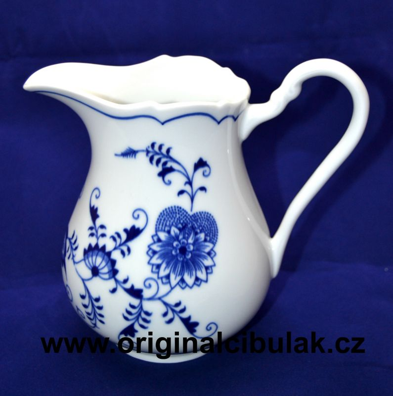 mlékovka cibulák džbánek 0,85 l originální český porcelán Dubí cibulový vzor