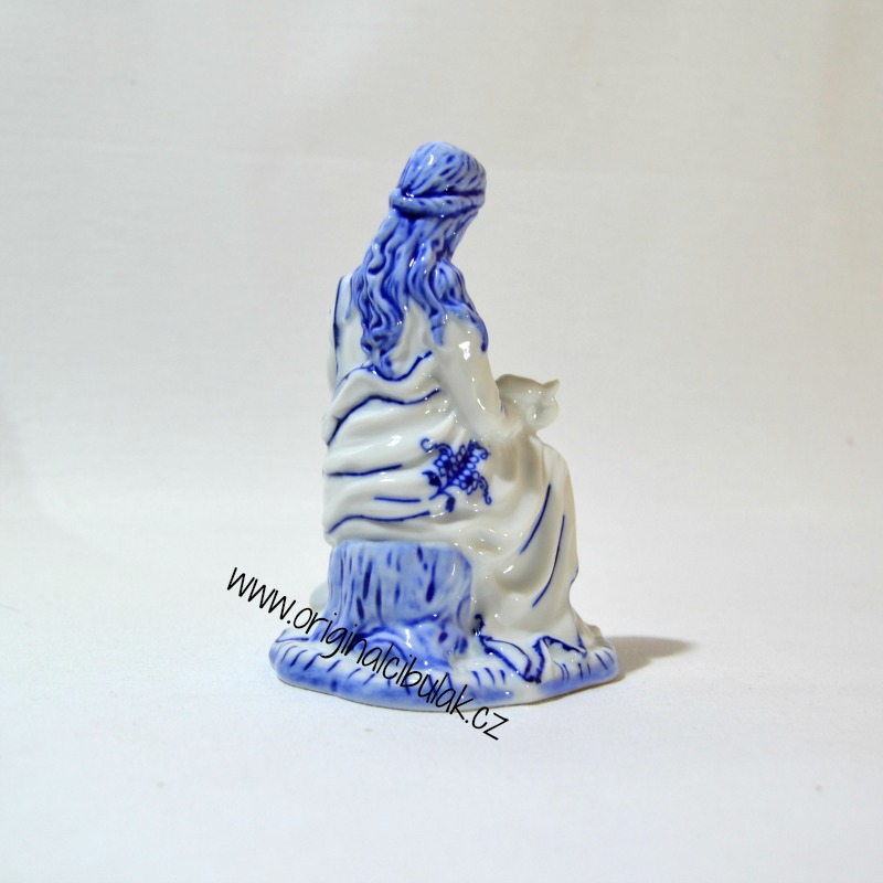 cibulák Panenka Marie 12 cm originální porcelán Dubí Royal Dux