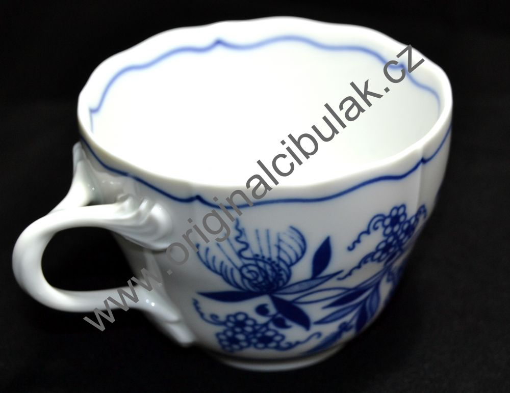 Cibulák šálek vysoký B, 0,20 l, originální cibulákový porcelán Dubí, cibulový vzor, 1.jakost