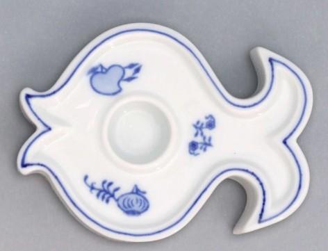 Cibulák Svícen plochý ryba 9,2 cm originální cibulákový porcelán Dubí, cibulový vzor, 1.jakost