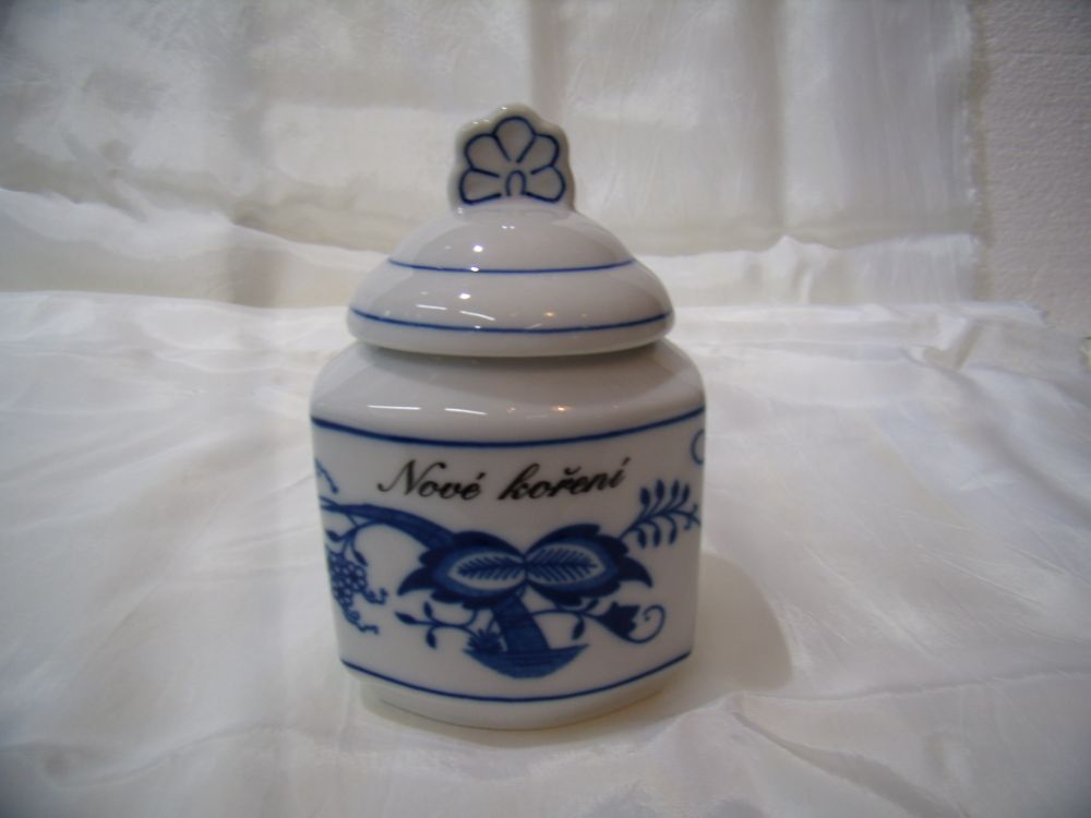 Cibulák kořenka s víčkem a nápisem 0,20 l originální cibulákový porcelán Dubí, cibulový vzor 1. jakost
