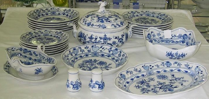 Cibulák jídelní sada 25 ks, J2 - originální cibulák, cibulový porcelán Dubí 1. jakost 7502
