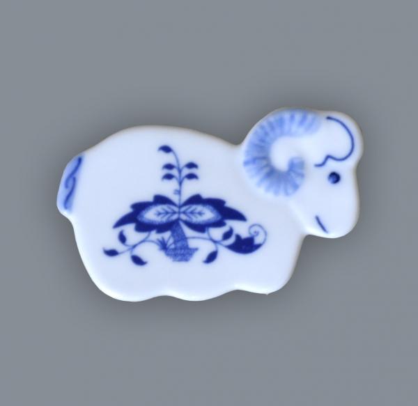 Cibulák magnetka beránek 6 cm originální cibulákový porcelán Dubí, cibulový vzor, 1.jakost