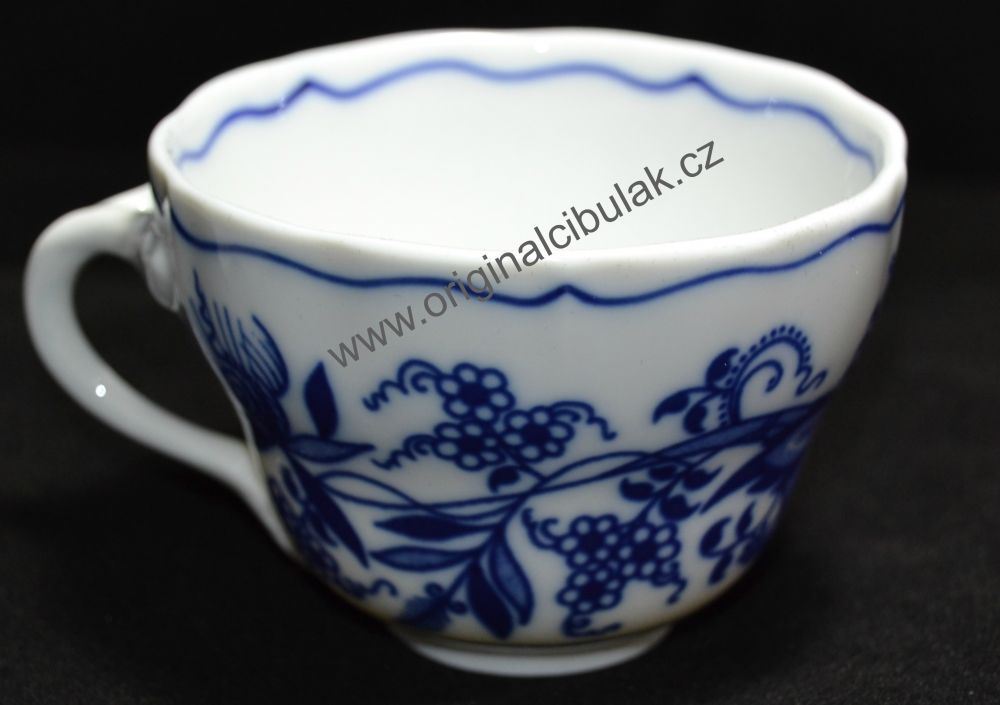Cibulák šálek vysoký A/1, 0,12 l, originální cibulákový porcelán Dubí, cibulový vzor,