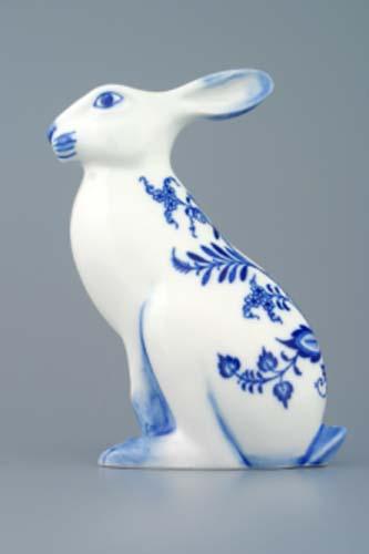 Cibulák zajíc sedící 17 cm originální cibulákový porcelán Dubí, cibulový vzor,