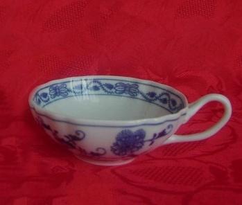 Cibulák šálek čaj ozdobný 0,20 l originální cibulákový porcelán Dubí, cibulový vzor,