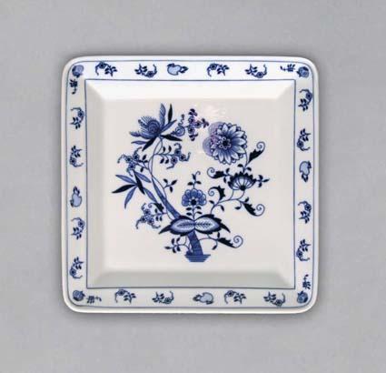 Cibulák talíř čtyřhranný 21,5 cm originální cibulákový porcelán Dubí, cibulový vzor,