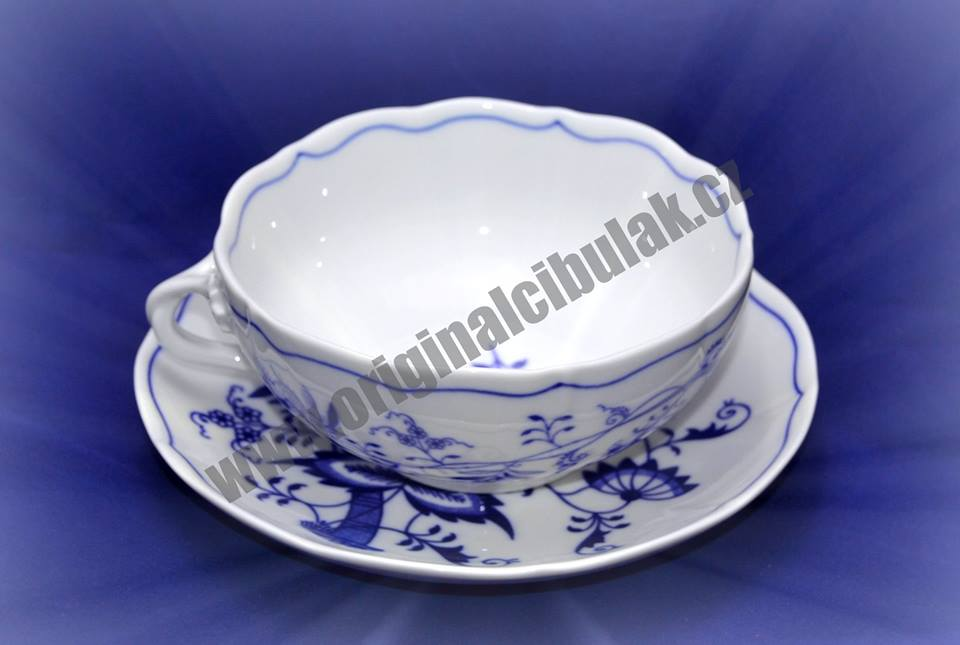 Cibulák šálek + podšálek bujón s 1 ouškem 0,30 l originální cibulákový porcelán Dubí, cibulový vzor,