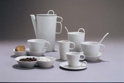 Kávová souprava Bohemia White - design prof. arch. Jiří Pelcl, cibulový porcelán Dubí