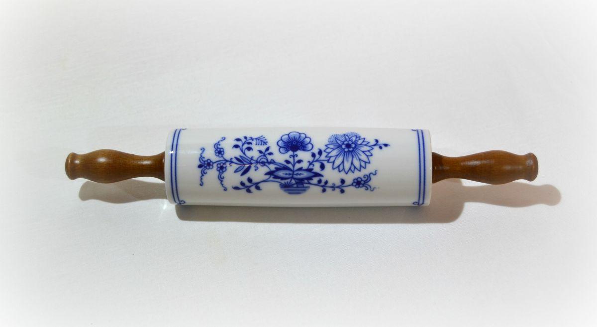 cibulák váleček na nudle Leander cibulákový porcelán