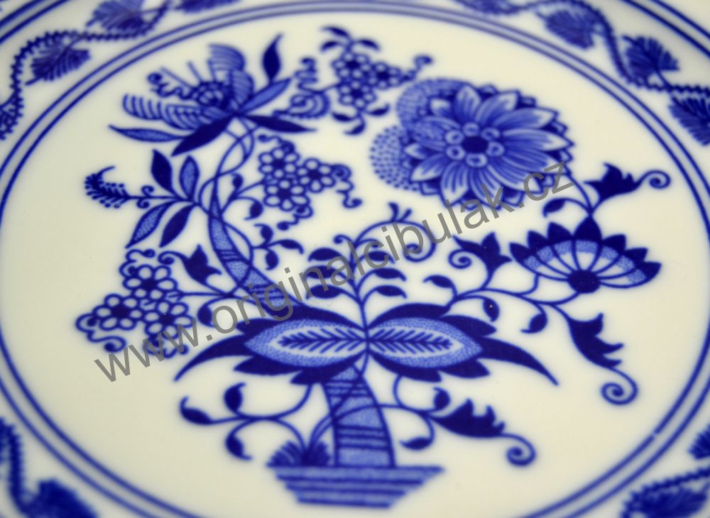 Český porcelán, Dubí cibulák, talíř dezertní 19 cm