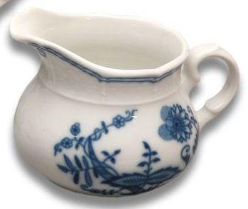 cibulák mlekovka Natalie Thun 0,45 L 1 ks cibulákový porcelán Nová Role
