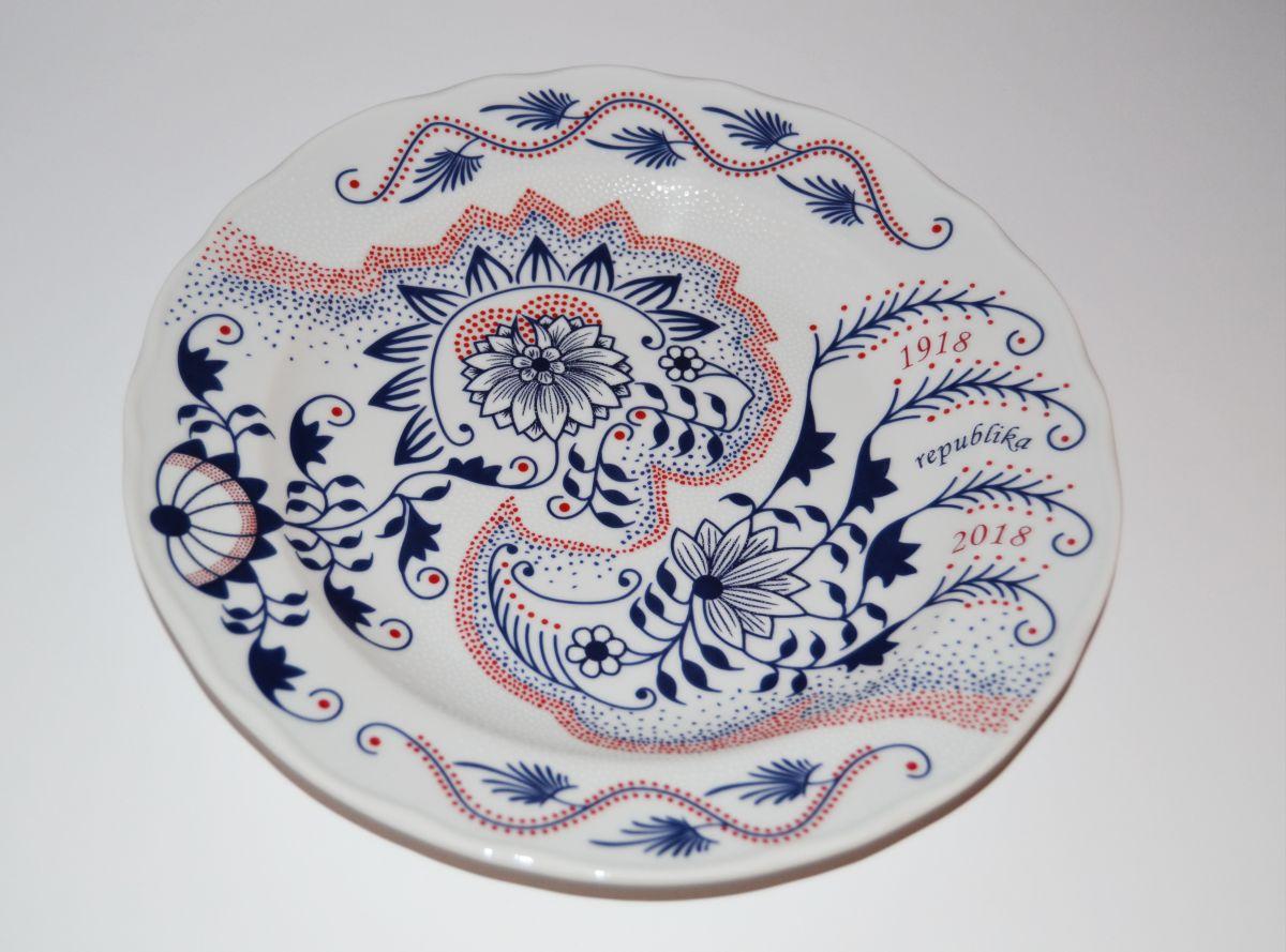 100. výročí vzniku ČSR talíř na zeď Český porcelán Dubí cibulák