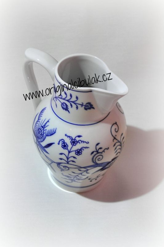Cibulák džbán vysoký 0,90 l, originální cibulákový porcelán Dubí, cibulový vzor, 1.jakost