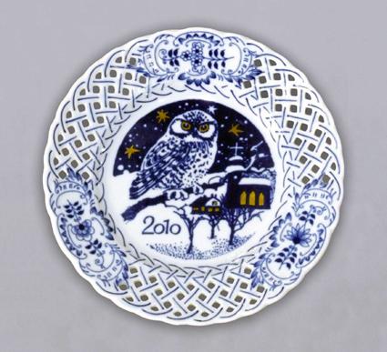 Cibulák talíř výroční 2010 závěsný prolamovaný 18 cm originální cibulákový porcelán Dubí, cibulový vzor, 1.jakost