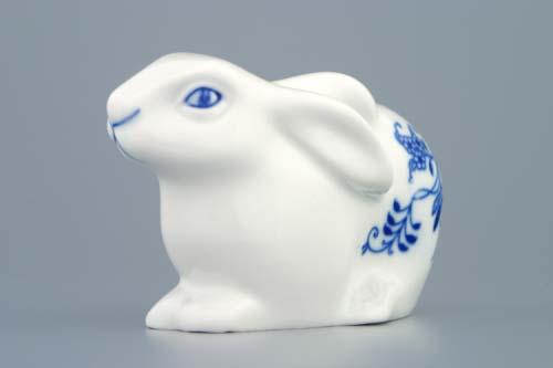 Cibulák zajíc velikonoční ležící 11,5 cm originální cibulákový porcelán Dubí, cibulový vzor, 1.jakost