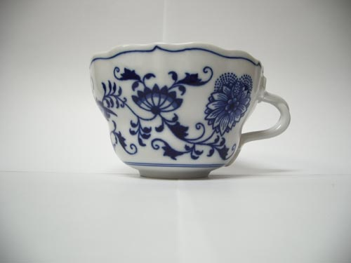 Cibulák Šálek vysoký D 0,35 l originální cibulákový porcelán Dubí, cibulový vzor, 1.jakost