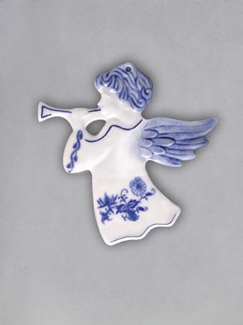 Cibulák Vánoční ozdoba anděl s trumpetou hladký 9,5 cm originální cibulákový porcelán Dubí, cibulový vzor 1. jakost