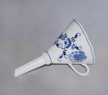 Cibulák Trychtýř 16,7 cm originální cibulákový porcelán Dubí, cibulový vzor 1. jakost