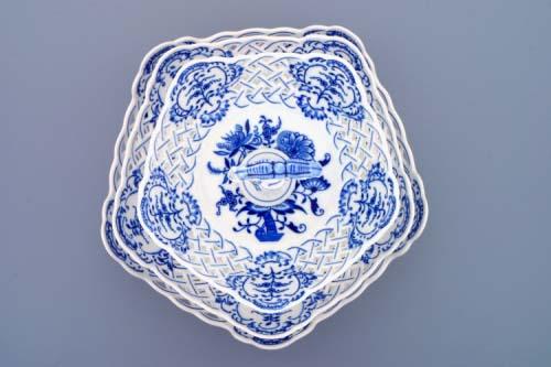 Cibulák Etažér 3-dílný mísy pětihranné prolamované, porcelánová tyčka 36 cm originální cibulákový porcelán Dubí, cibulový vzor, 1.jakost