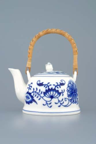 Cibulák Konvice čajová M s víčkem a lýkovým držadlem 0,35 l originální cibulákový porcelán Dubí, cibulový vzor, 1.jakost