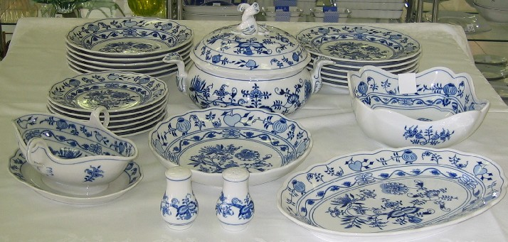 Cibulák jídelní sada 25 ks, J2 - originální cibulák, cibulový porcelán Dubí 1. jakost