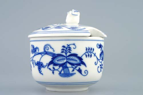 Cibulák Cukřenka bez oušek s víčkem s výřezem 0,20 l originální cibulákový porcelán Dubí, cibulový vzor 1. jakost