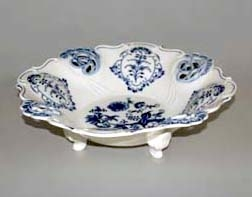 Cibulák mísa Aida prořezávaná 32 cm originální cibulákový porcelán Dubí, cibulový vzor 1. jakost