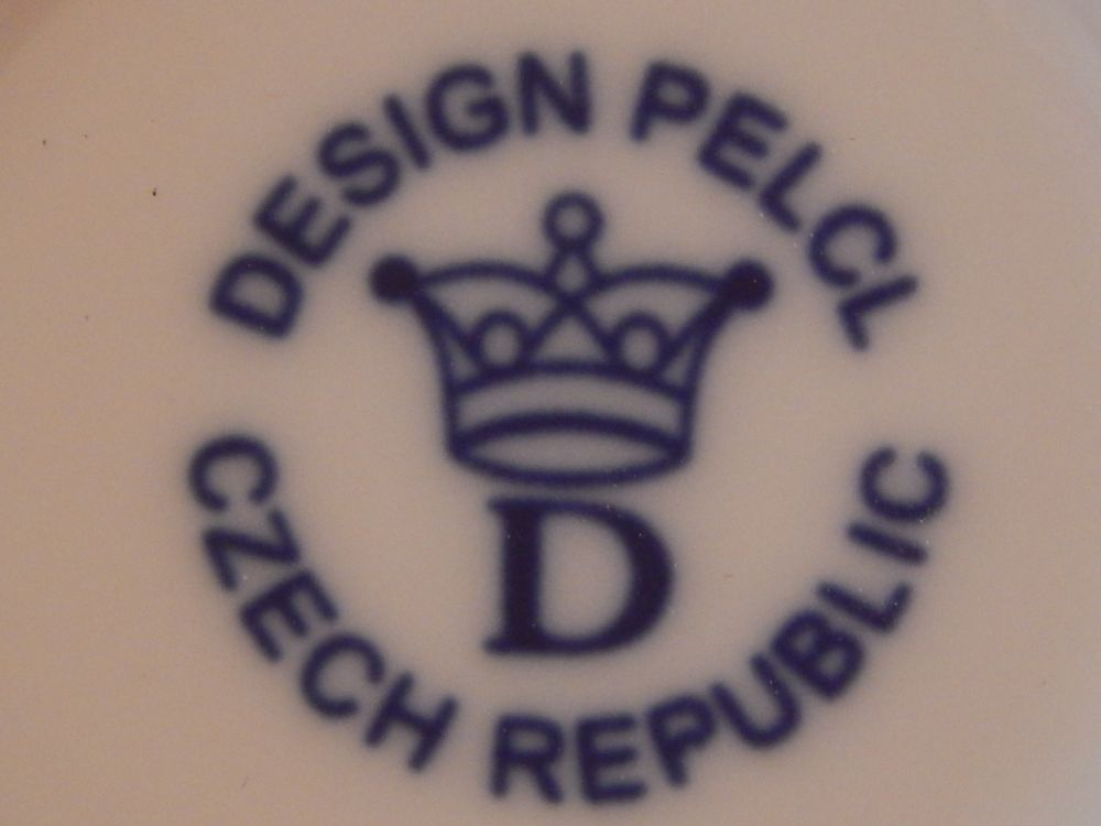 Dvojpodšálek ( káva,čaj ) Bohemia Cobalt - design prof. arch. Jiří Pelcl, cibulový porcelán Dubí 1. jakost
