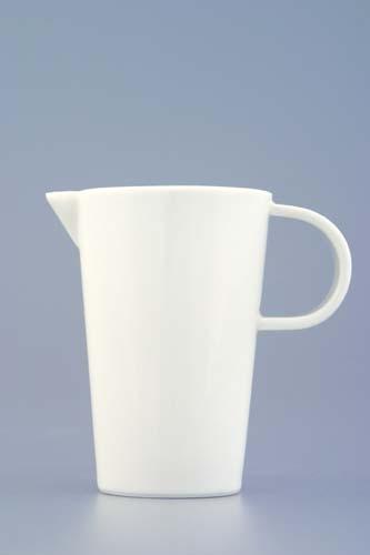Mlékovka Bohemia White, 0,070 l, design prof. arch. Jiří Pelcl, cibulový porcelán Dubí 1. jakost