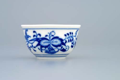 Cibulák kalíšek saké s tiskem uvnitř 0,04 l originální cibulákový porcelán Dubí cibulový vzor 1 jakost