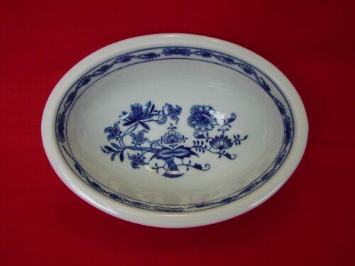 Akce - 50 % Cibulák mísa zapékací oválná malá 18 cm originální cibulákový porcelán Dubí, cibulový vzor, 1.jakost