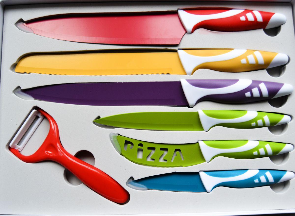 sada nožů barevných 7 kusů v dárkové krabici